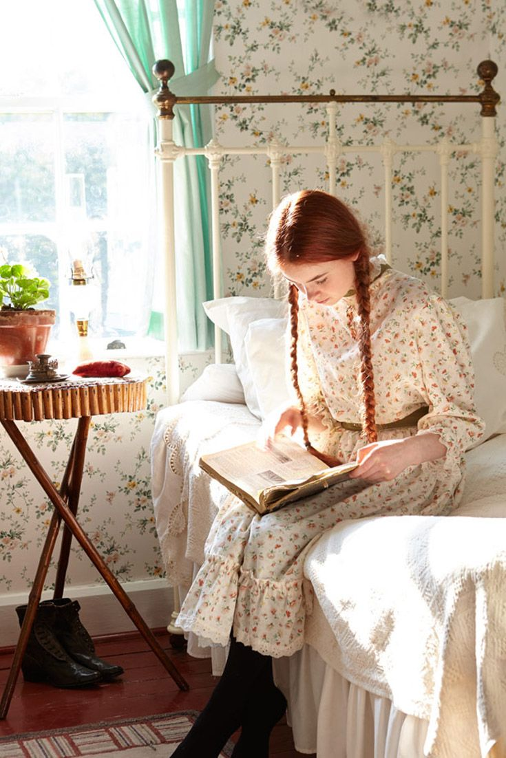 Anne-of-Green-Gables-reading